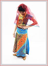 http://www.maskaradka.ru/images/kostiumy_india/costume_1_1.jpg