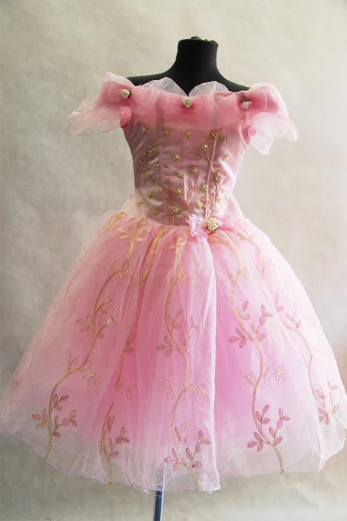 3f5abd5fc74b288 БАЛЬНЫЕ ПЛАТЬЯ ДЛЯ ДЕВОЧЕК. Прокат детских бальных платьев в Москве.