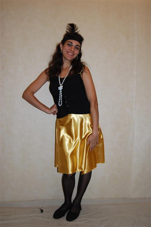 ПЛАТЬЕ РЕТРО (20-30 годы). в комплекте: платье, боа.